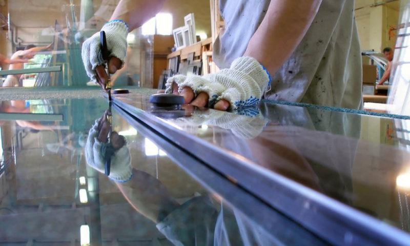 Резка и обработка стекла