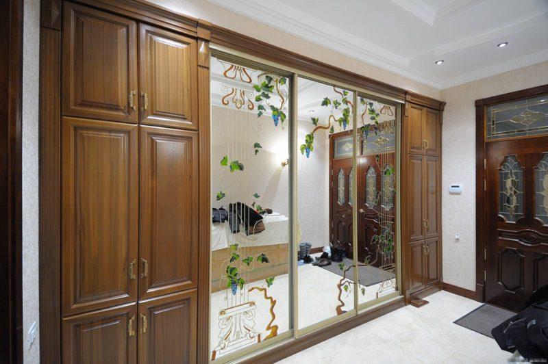 Стеклянные и зеркальные двери для шкафов купе 2