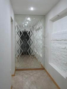 Зеркальная плитка в Курске на заказ l06